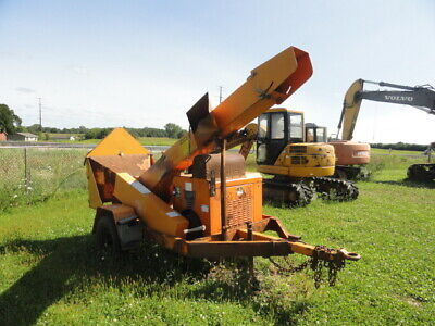 choice of 4) 2010 gas fuel injected wood chippers simple drum design as is need