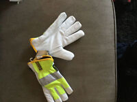 Brand new work gloves (insulated)