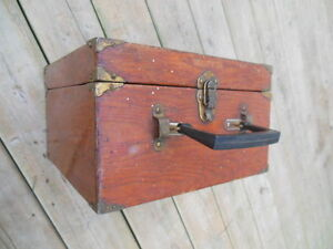 antique lawn bowling bowls/balls in antique wooden box London Ontario image 1