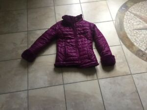 GIRLS SIZE 8  REVERSIBLE JACKET:   Cool look