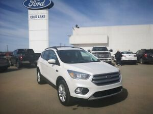 2017 Ford Escape SE, 4WD, HEATED SEATS, ACCIDENT FREE, ONE OWNER