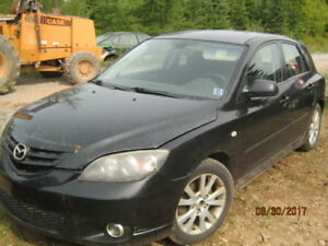 parting out 2005 Mazda 3