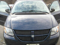 MINT LOW KMs 2006 Blue Dodge Caravan SXT