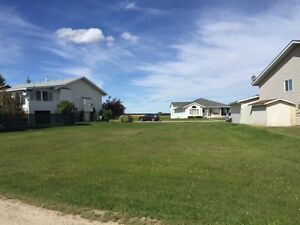 Beautiful lot for your dream home in Acme