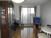 *** 3 1/2 Apartment Lease Transfer. Available for July***