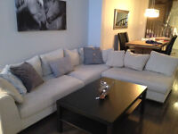 Large modern Structube sectional sofa!!