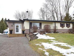 Bungalow with detached garage overlooking Lake Scugog Port Perry