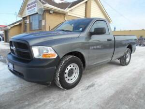 2012 DODGE Ram 1500 ST Regular Cab 8Ft Box Loaded ONLY 45,000Km