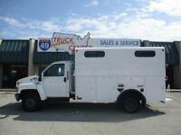 2008 Chevrolet C5500 12' Covered Utility Truck
