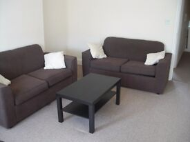 REFURBISHED AND CHEAP! 1 bedroom flat with new double glazed windows