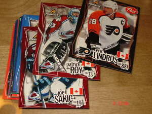Cartes de Hockey Post Pinnacle 1997 et UD Choice 98-99 SD1-30