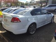 2006 Holden Commodore VE SV6 White 4 Speed Auto Active Select Sedan Winnellie Darwin City Preview
