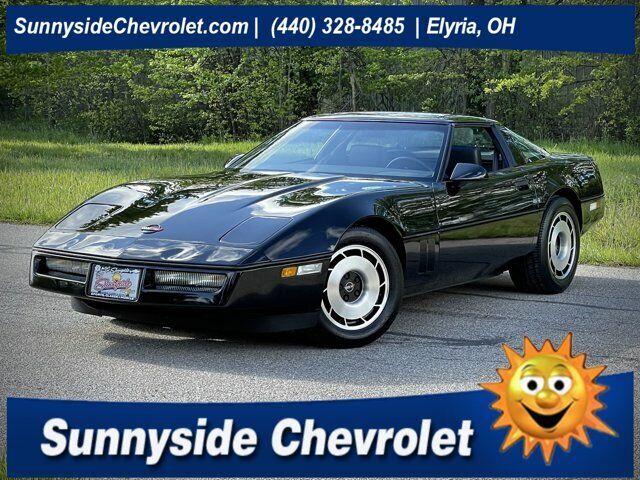 1984 Black Chevrolet Corvette   | C4 Corvette Photo 1