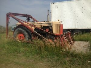 Case 832 Farm Tractor and Platform lift, NEW PRICE