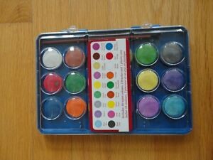 Watercolours Set and paintbrush - Like new condition London Ontario image 1
