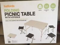 HALFORDS Folding Picnic Table with Stools - BRAND NEW