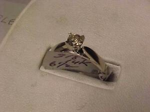 #3184-14K WHITE GOLD DIAMOND SOLITAIRE(1/4ct)Size 6 1/2-SELL $225.00  SHIPPING CANADA ONLY-$7.50-LAYAWAY AVAILABLE