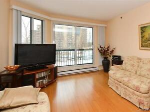 Waterfront condo! Great space! Lovely view!  SOLD! West Island Greater Montréal image 2