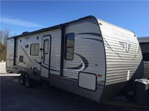 2016 Keystone HIDEOUT 27DBS TRAVEL TRAILER TRAVEL TRAILER