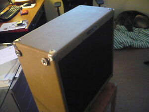 4X10 inch slave speaker cabinet/ Peavy. great condition Campbell River Comox Valley Area image 4