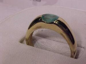 #3333-CALLING *EMERALD LOVERS* 14K Y/G SOLITAIRE RING Appraised $1,650.00 Sell $595.00-Free S/H in Canada-Express post