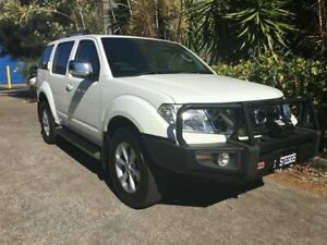 2010 Nissan Pathfinder R51 Series 4 ST-L (4x4) White 6 Speed Manual Wagon Bowen Hills Brisbane North East Preview
