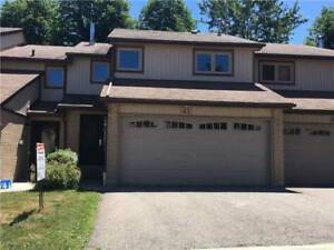 4 Br Town In The Heart Of Erin Mills W/ 2 Car Garage