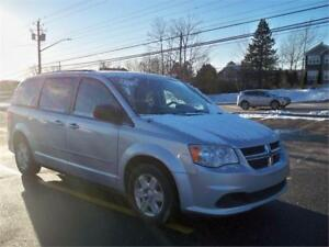 GREAT DEAL! $119 BI WKLY OAC! 2012 Grand Caravan STOW & GO