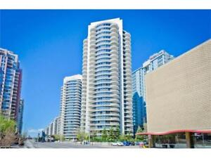 DOWNTOWN West End | 2BED + 2BATH + 2 HEATED PARKING