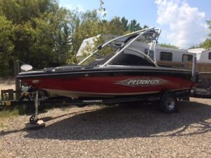 Moomba Wake Surf Boat for Sale