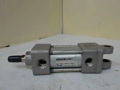 Smc Ncda1b150-0100 Pneumatic Cylinder 250 Psi 58 Ram 1 Stroke