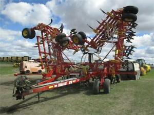 2005 Bourgault 5710 60ft Air Seeder