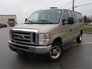 2010 Ford Econoline Wagon XL, LOADED, POWER GROUP, NO ACCIDENTS!