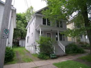 3 BEDROOM CHARACTER HOME IN CENTRAL HALIFAX!