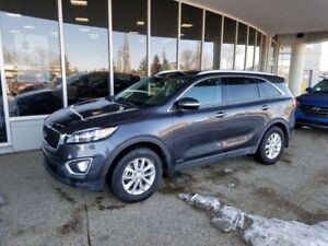 2017 Kia Sorento LX: BLUETOOTH, HEATED SEATS, AWD AND MORE