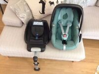 Maxi cosi Pebble infant carseat (Teal/Turquoise) & Easybase 2