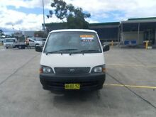 2004 Toyota Hiace RZH103R  5 Speed Manual Van Homebush Strathfield Area Preview