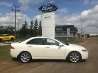 2004 Acura TSX Base- Comes with a Complete Set of Winter Tires/M