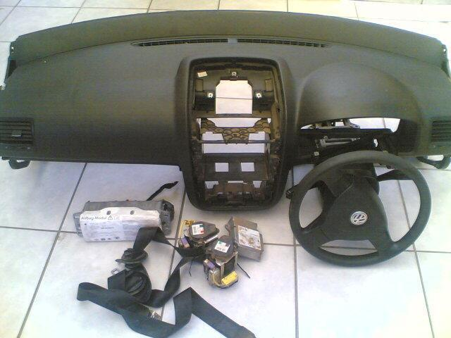 vw golf5 dashboard and airbags 2.0L