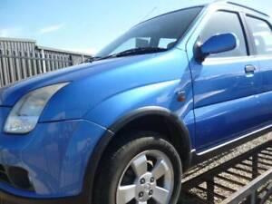 2002 HOLDEN CRUZE-SUV MANUAL. Goolwa Alexandrina Area Preview