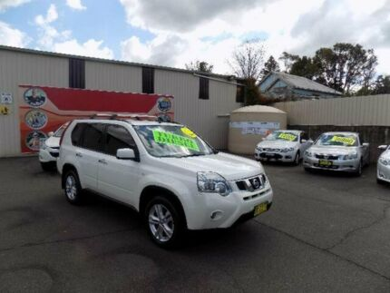 2010 Nissan X-Trail T31 MY10 TS (4x4) White 6 Speed Automatic Wagon West Gosford Gosford Area Preview