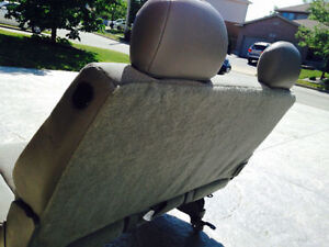 Safari Astro Rear Seat (Mint Condition) Cambridge Kitchener Area image 3