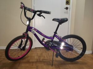 Kids Bike good condition up to 8 years old Monster High