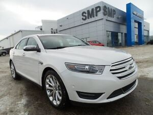 2016 Ford Taurus Limited AWD, leather, rem. start, back up cam,