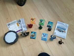 Skylanders for Wii with portal, characters, wii game, game cards