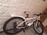 """16"""" Carrera Subway 1 Womens Hybrid Bike 2015, less than a year old, £95 currently retailing at £180"""