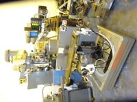 BRIDGEPORT MODEL BR2J2 SERIES 1 TURRET MILL WITH SLOTTER YEAR 1996