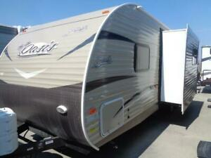 Buy Travel Trailers & Campers Locally in Winnipeg