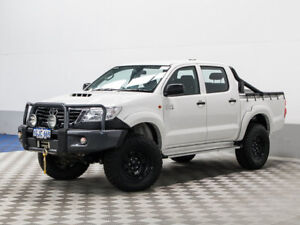 2014 Toyota Hilux KUN26R MY14 SR (4x4) White 5 Speed Automatic Dual Cab Pick-up