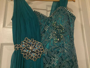 Beautiful Teal Evening Gown Windsor Region Ontario image 3
